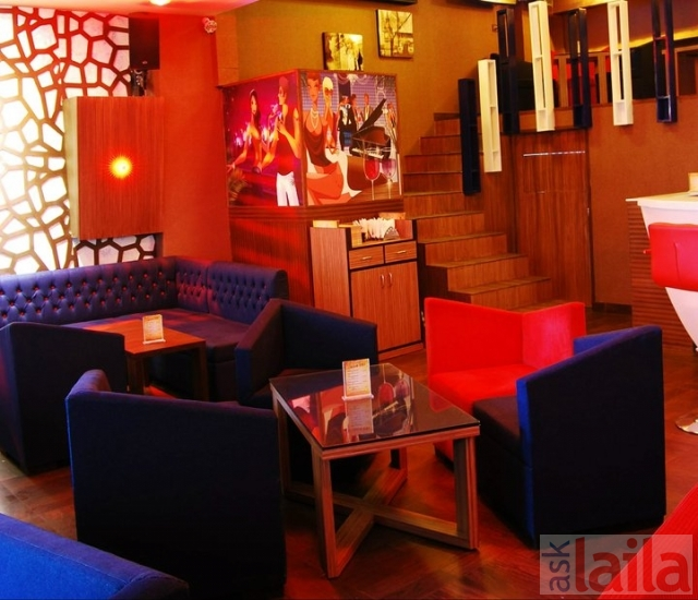 Cafe Cruise Rajouri Garden