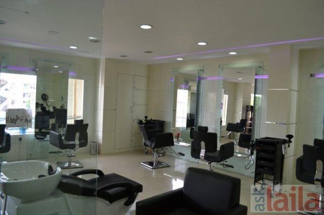Massage parlor open on sunday-2031