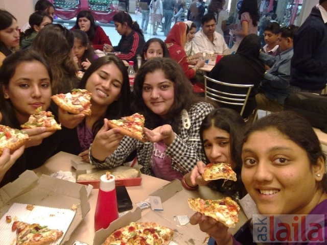 Domino's Pizza in Andheri East, Mumbai - AskLaila